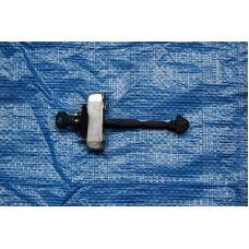 Ограничитель двери задний правый RR LEXUS RX300/330/350/400 03-09