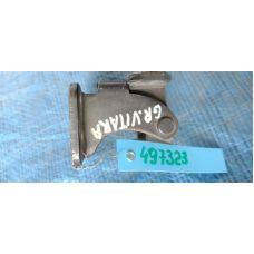 Петля крышки багажника правая RH SUZUKI GRAND VITARA 05-15